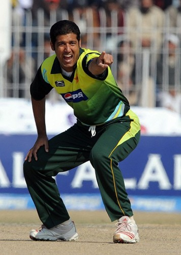 Kamran Hussain - Age, Education, Score and Stats