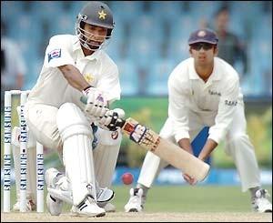 Asim Kamal - Age, Education, Score and Stats