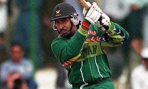 Saleem Malik - Age, Education, Score and Stats