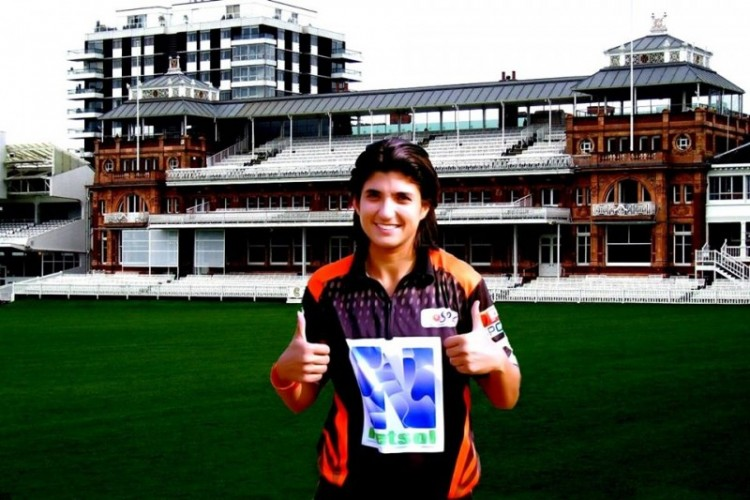 Sania Khan - Age, Education, Score and Stats