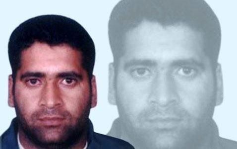 Akhtar Sarfraz - Age, Education, Score and Stats