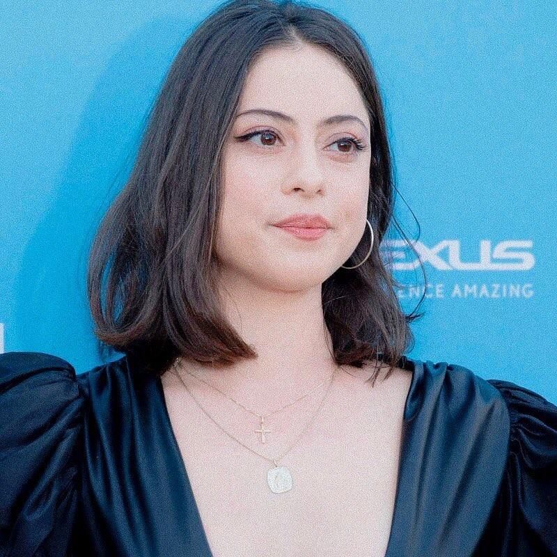 Rosa Salazar Biography Movies Dramas Height Age