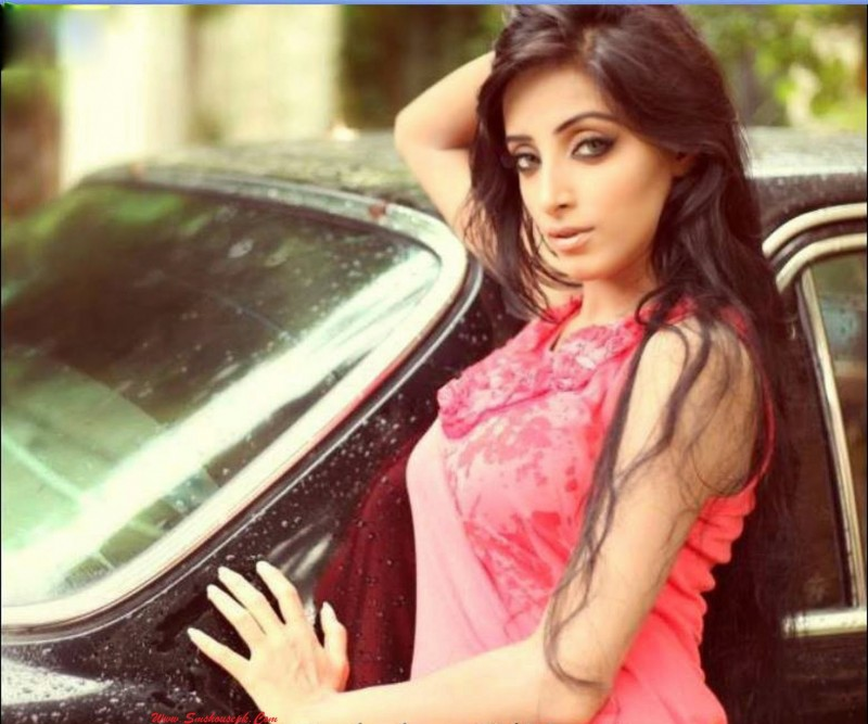 Sanam Chaudhry Age - #traffic-club