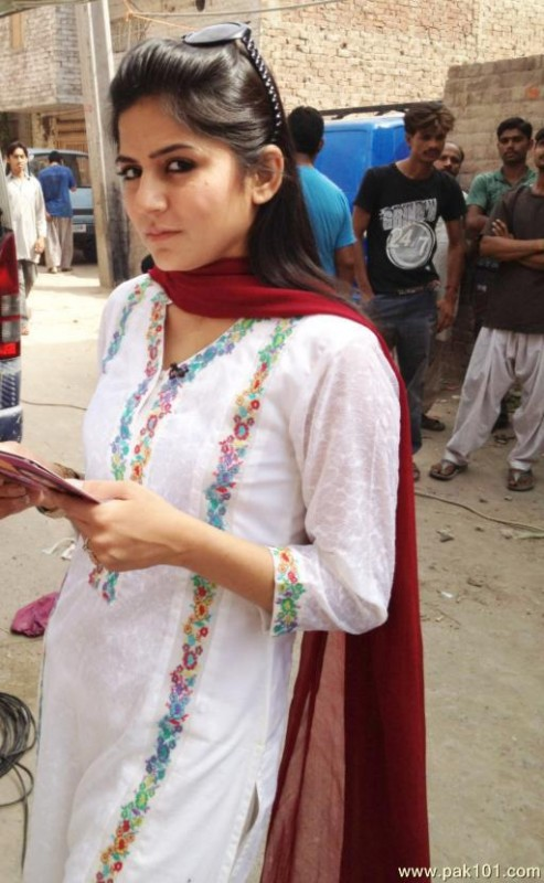 Sanam Baloch Biography, Dramas, Movies, Height, Age, Family