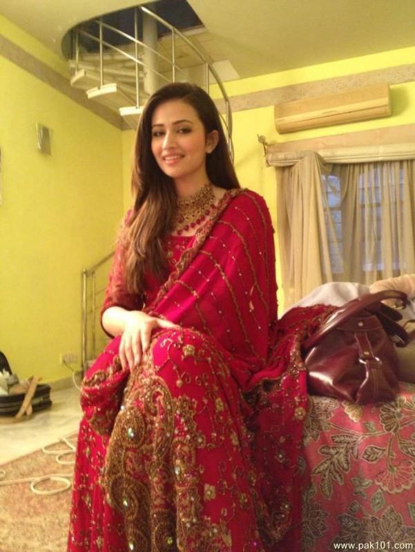 Sana Javed Biography Movies Dramas Height Age Family