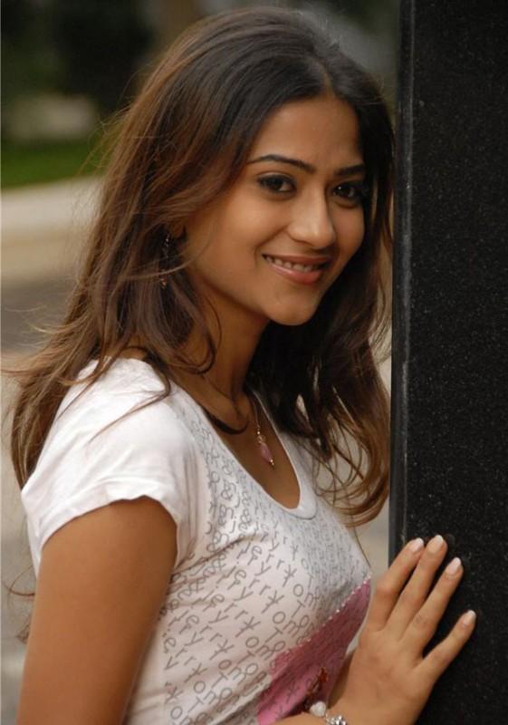 Aditi Sharma Movies List Height Age Family Net Worth