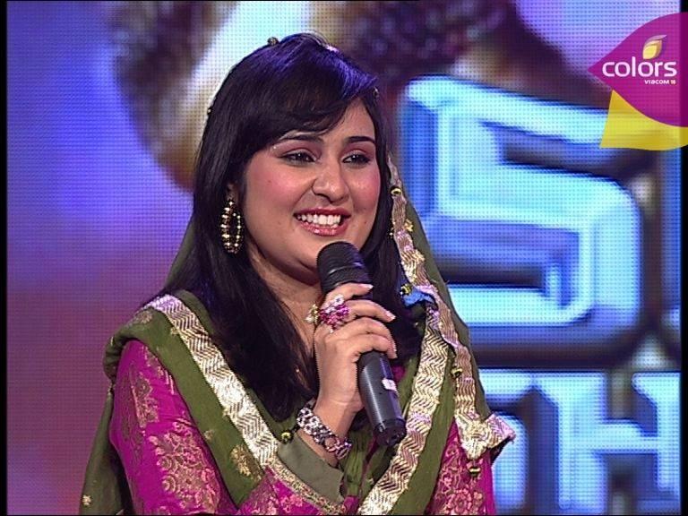 Sara Raza Khan Album List, Height, Age, Family, Net Worth