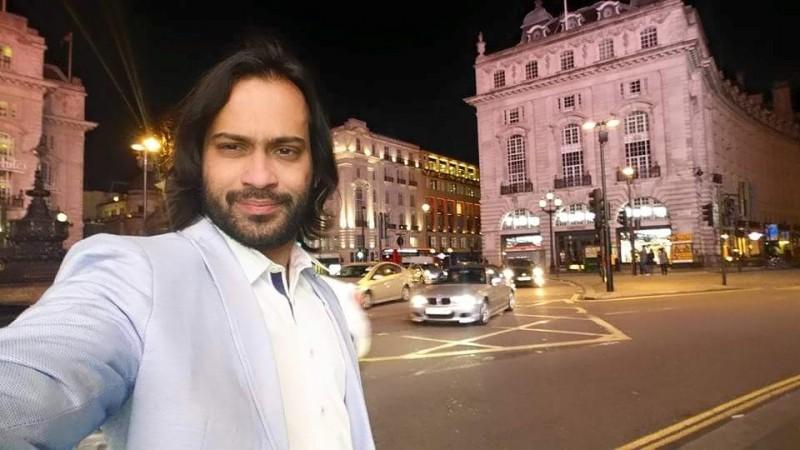 Town And Country Honda >> Waqar Zaka Biography, Height, Age, Family, Net Worth