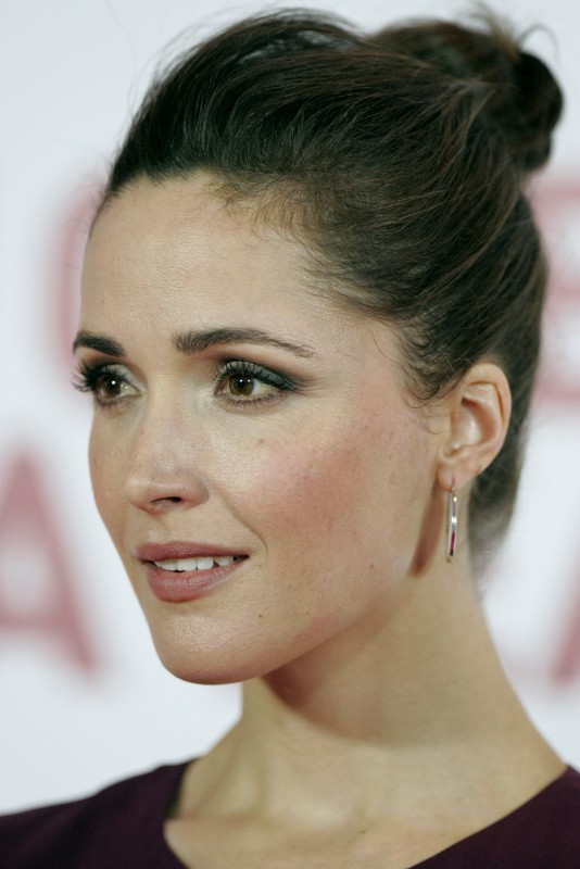 Rose Byrne Movies List, Height, Age, Family, Net Worth-1715