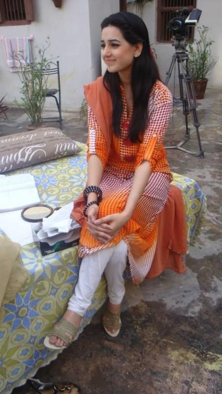 Very hot pakistani actress sofia ahmed scandal clear urdu - 3 5