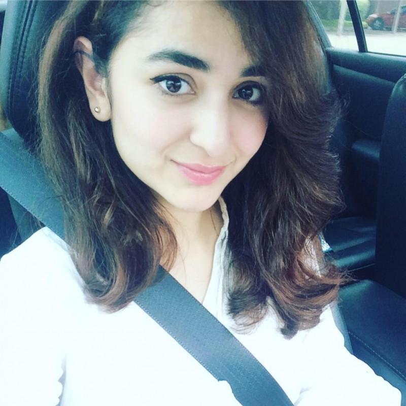 Yumna Zaidi Wiki, Age, Family, Husband, Boyfriend, Dramas