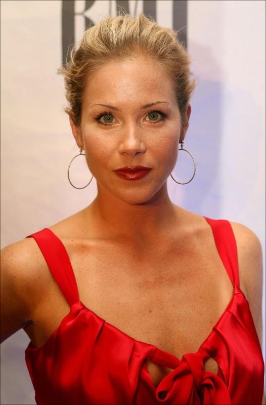 Christina Applegate Movies List Height Age Family Net