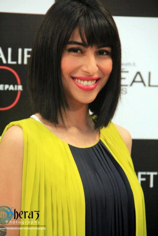 Meesha Shafi Drama & Movies List, Height, Age, Family, Net ...