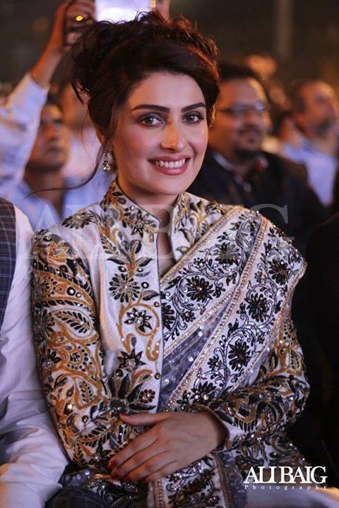 Ayeza Khan Biography Dramas Height Age Family Net Worth