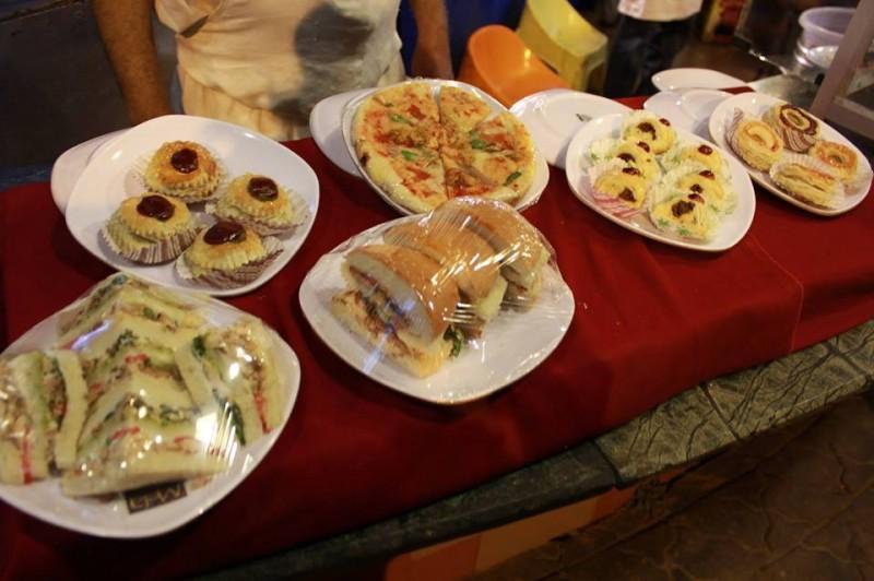 Indian And Pakistani Food Presentation