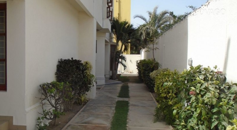 Peace Hotel Guest House Hotel In Karachi Pakistan - House garden pictures in pakistan