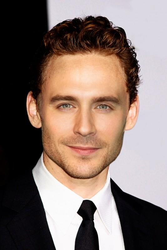 Tom Hiddleston Movies List Height Age Family Net Worth