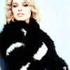 Margot Robbie 25
