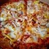 Hot N Ready Fish Pizza