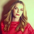 Betty Gilpin - Complete Biography