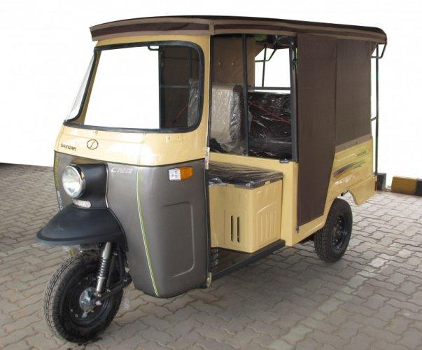 Sazgar Deluxe 7 Seater Price in Pakistan