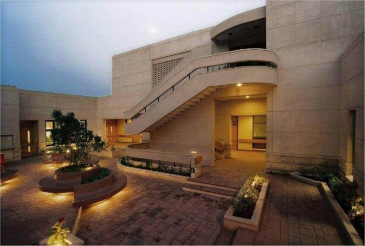 Aga Khan University Hospital (Clifton Medical Services) - View
