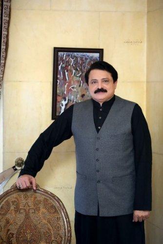 Syed Mohsin Gilani 13