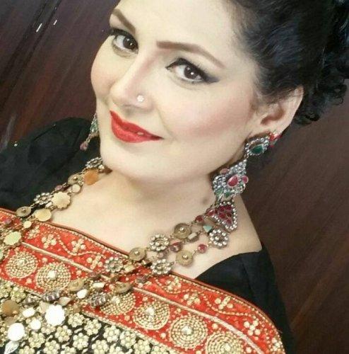 Humera Zahid 004