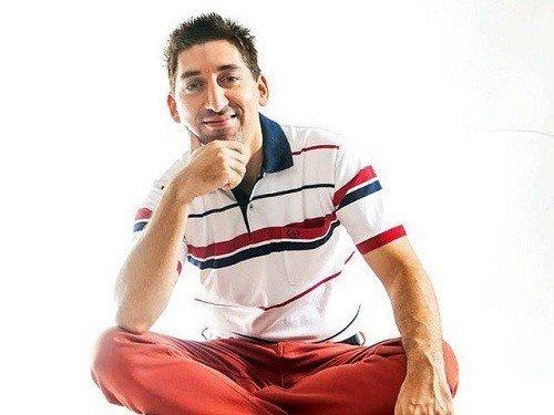 Adeel Hashmi 6
