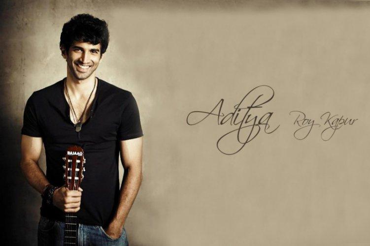 Aditya Roy Kapur 8