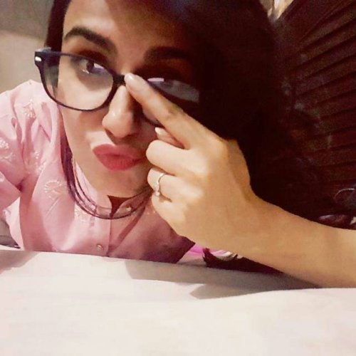 Cute Sehar Afzal Geek Look