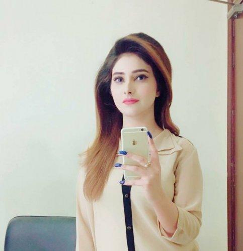 Rabia Bukhari 007