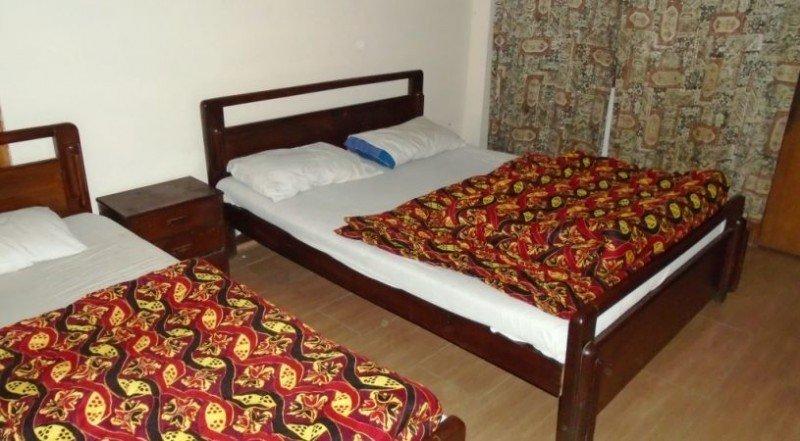 Hotel Woodland 4