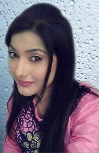 Moona Shah Find Everythng About Her