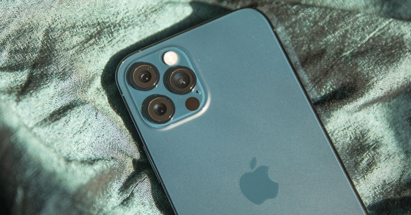 Apple IPhone 13 Pro Max - Price, Space, Rewie, Comparison