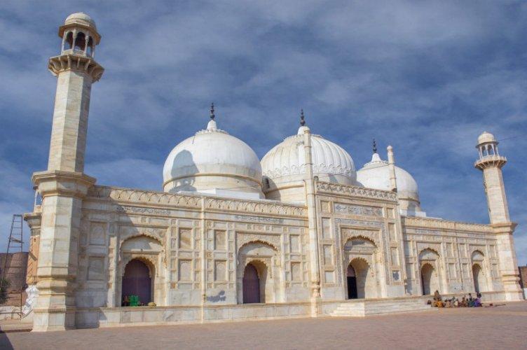 Abbasi Mosque 1