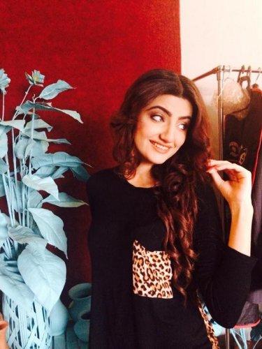 Zainab Jamil 8