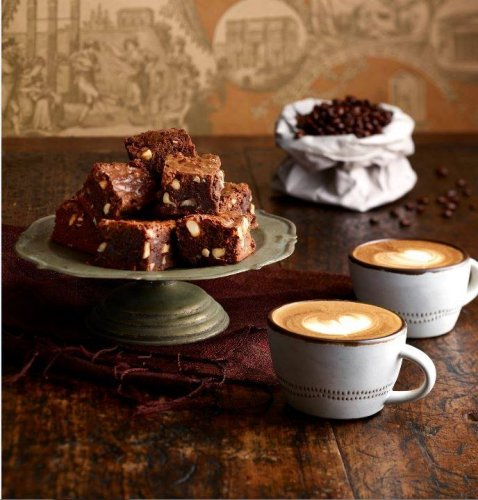 Gloria Jeans Coffees Cake And Coffees