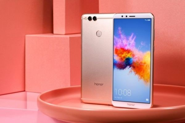 Huawei Honor View 10 - Price, Comparison, Specs, Reviews