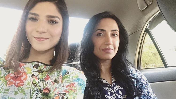 Ramsha Khan With Zara Tareen