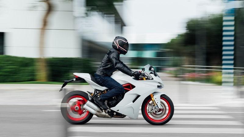 Ducati SuperSport - looks 3