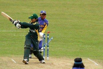 Almas Akram - biography, cricket info, age