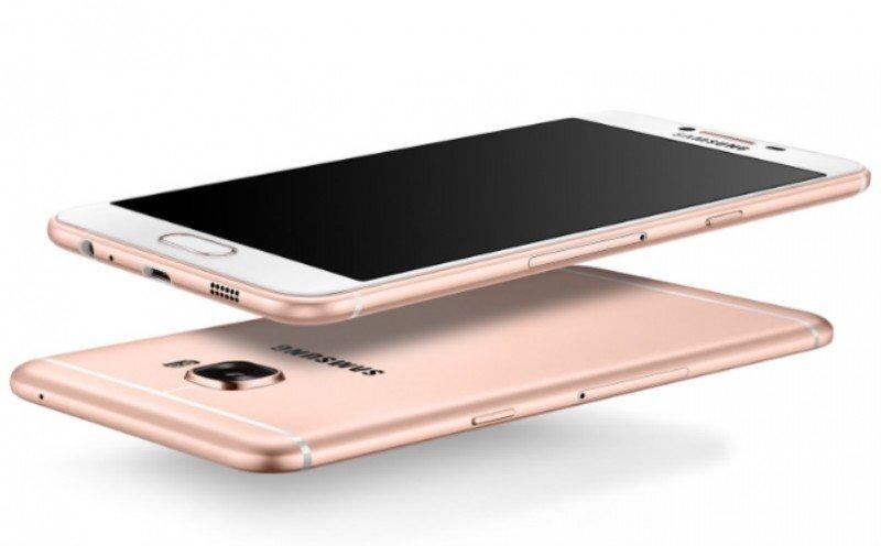 Samsung Galaxy C7 Slim Look
