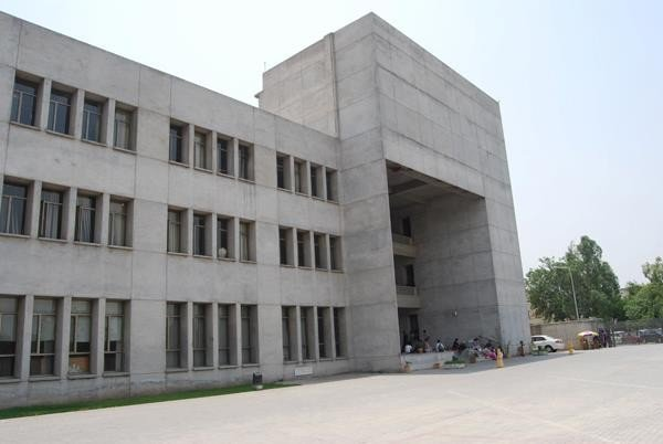 Pakistan Institute Of Fashion And Design In Lahore Contacts Registration Faculties