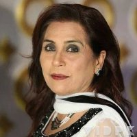 Parveen Akbar 4