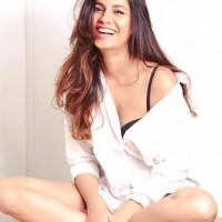 Shreya Dhanwanthary 10