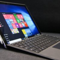 Microsoft Surface Pro 4 Full View