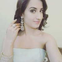 Alisha Panwar 8
