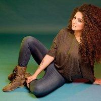 Annie Khalid 21