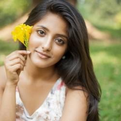 Ulka Gupta - Complete Biography